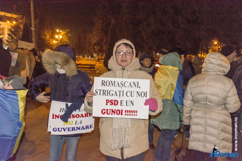 inroman.ro_protest-roman-anti-oug_6[1]